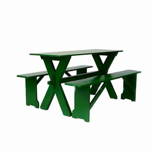 Original Heurigengarnituren mit Tisch und zwei Sitzbänken
